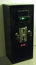 turn Xbox 360 PS3 PC Power Switch int to self service by using coin acceptor and bill acceptor note validator